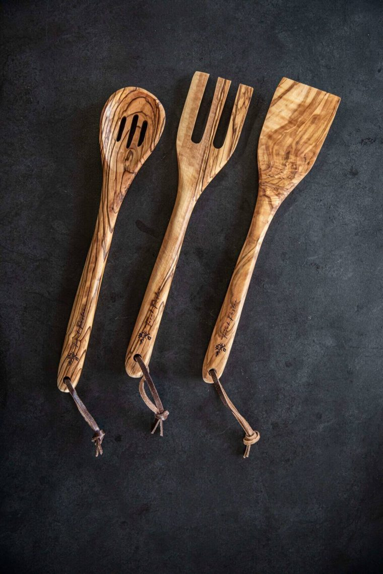 Cooking spoons